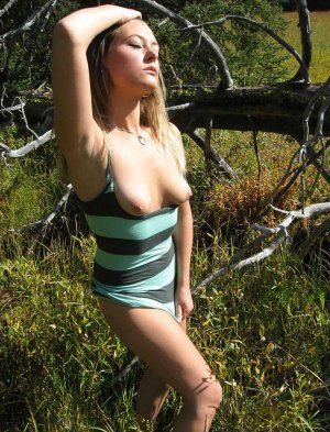 Margo milf escort in Weimar